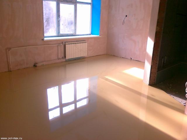 Устройство эпоксидного покрытия, армированного стекломатом с добавлением кварцевого песка; устройство полиуретанового покрытия.